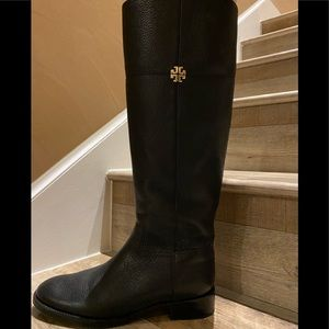 BOOT TORY BURCH 💯Authentic color Black New